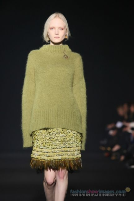 alberta-ferretti-milan-fashion-week-autumn-winter-2014-00020