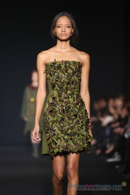 alberta-ferretti-milan-fashion-week-autumn-winter-2014-00035