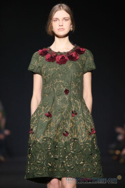 alberta-ferretti-milan-fashion-week-autumn-winter-2014-00043