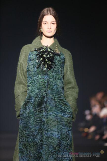 alberta-ferretti-milan-fashion-week-autumn-winter-2014-00048