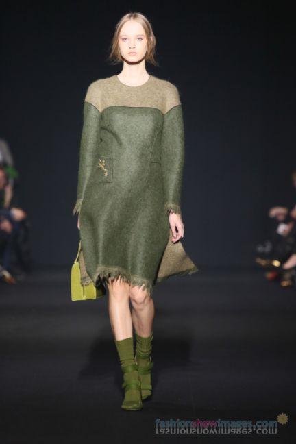 alberta-ferretti-milan-fashion-week-autumn-winter-2014-00050
