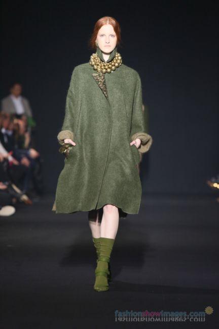 alberta-ferretti-milan-fashion-week-autumn-winter-2014-00053