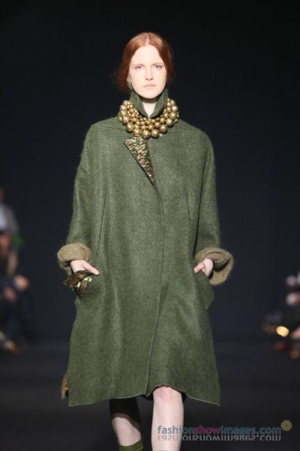 alberta-ferretti-milan-fashion-week-autumn-winter-2014-00055