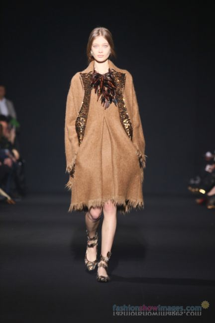 alberta-ferretti-milan-fashion-week-autumn-winter-2014-00065