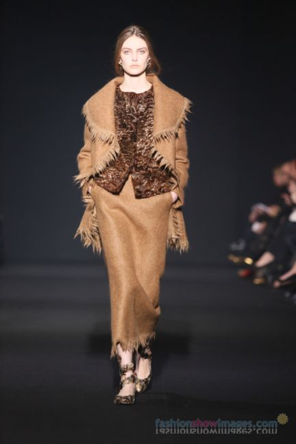 alberta-ferretti-milan-fashion-week-autumn-winter-2014-00068