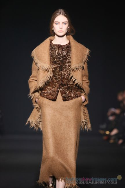 alberta-ferretti-milan-fashion-week-autumn-winter-2014-00069