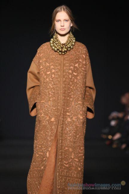 alberta-ferretti-milan-fashion-week-autumn-winter-2014-00073