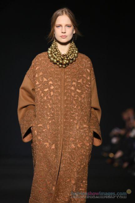 alberta-ferretti-milan-fashion-week-autumn-winter-2014-00075