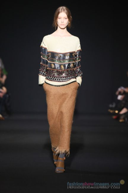 alberta-ferretti-milan-fashion-week-autumn-winter-2014-00076
