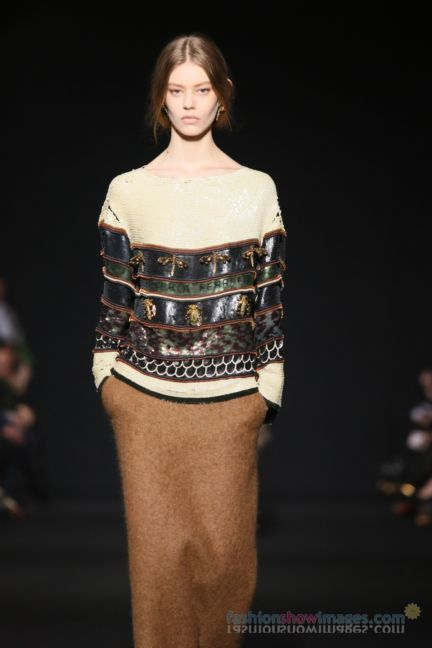 alberta-ferretti-milan-fashion-week-autumn-winter-2014-00077