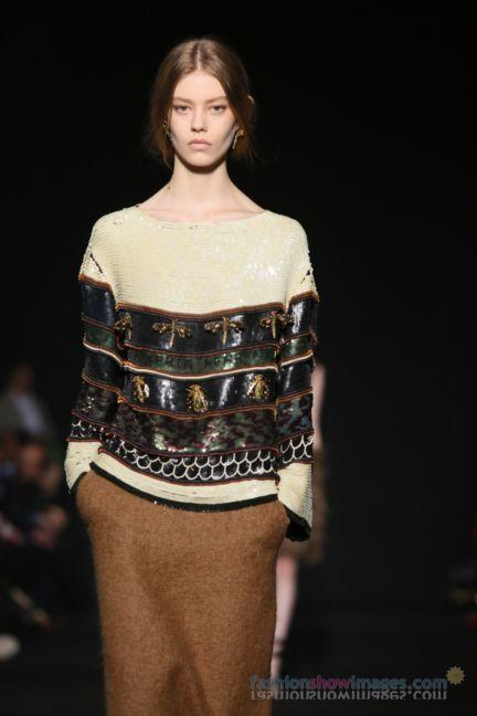 alberta-ferretti-milan-fashion-week-autumn-winter-2014-00078
