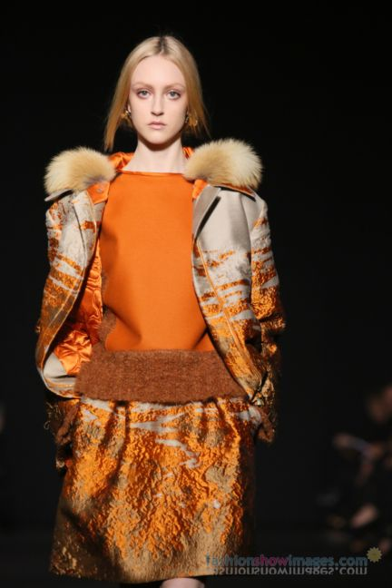 alberta-ferretti-milan-fashion-week-autumn-winter-2014-00092