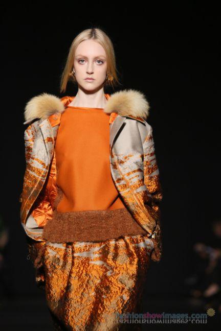 alberta-ferretti-milan-fashion-week-autumn-winter-2014-00093