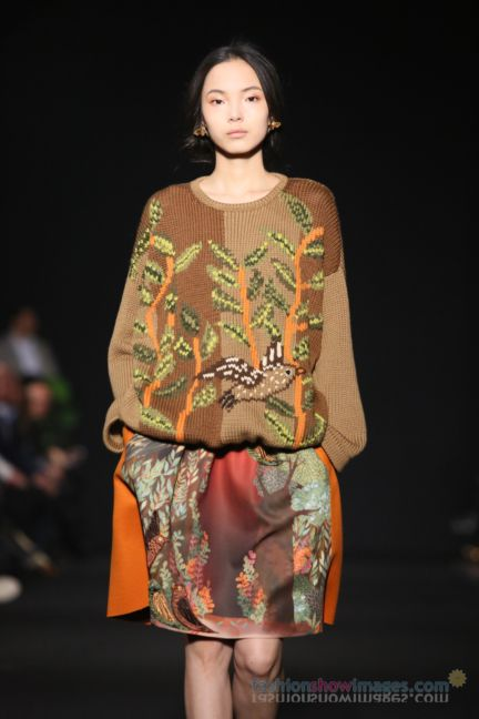 alberta-ferretti-milan-fashion-week-autumn-winter-2014-00100