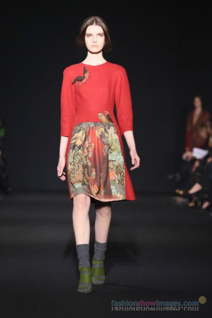 alberta-ferretti-milan-fashion-week-autumn-winter-2014-00103
