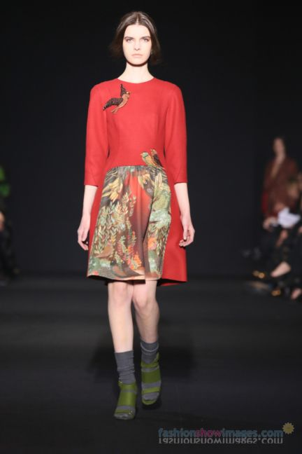 alberta-ferretti-milan-fashion-week-autumn-winter-2014-00104