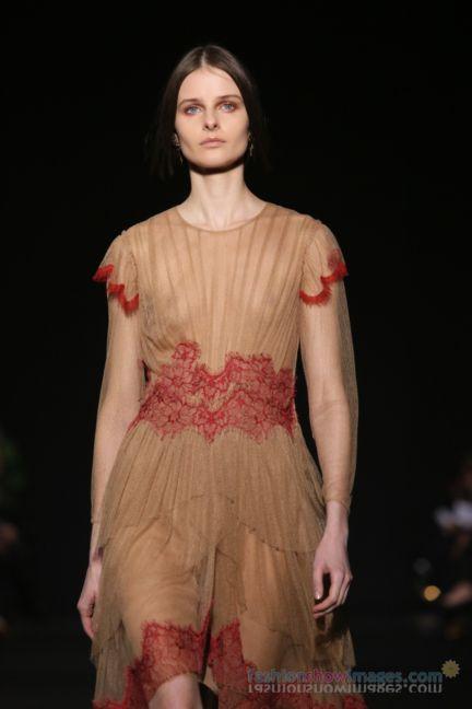 alberta-ferretti-milan-fashion-week-autumn-winter-2014-00112