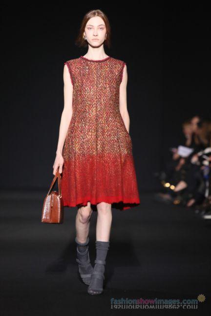 alberta-ferretti-milan-fashion-week-autumn-winter-2014-00114