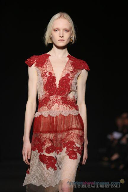 alberta-ferretti-milan-fashion-week-autumn-winter-2014-00119