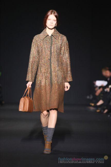 alberta-ferretti-milan-fashion-week-autumn-winter-2014-00123
