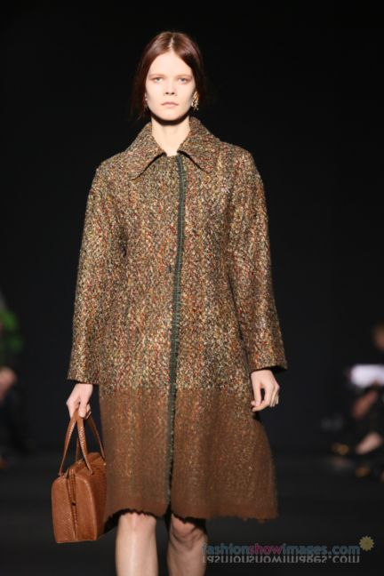 alberta-ferretti-milan-fashion-week-autumn-winter-2014-00124