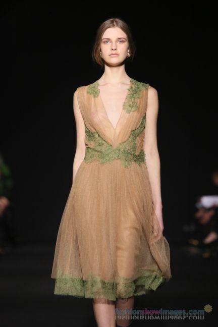 alberta-ferretti-milan-fashion-week-autumn-winter-2014-00126