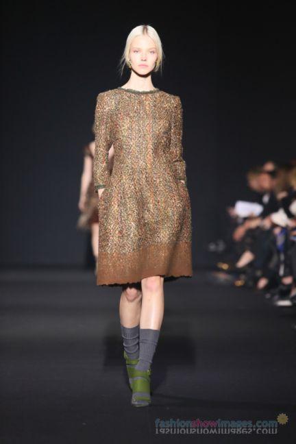 alberta-ferretti-milan-fashion-week-autumn-winter-2014-00128