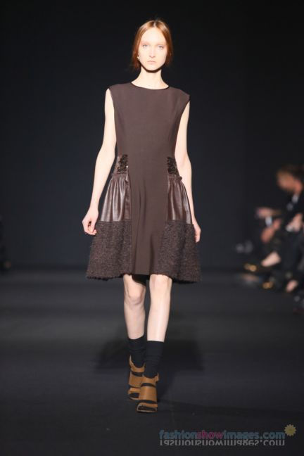 alberta-ferretti-milan-fashion-week-autumn-winter-2014-00133