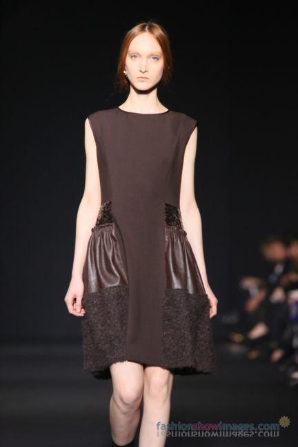 alberta-ferretti-milan-fashion-week-autumn-winter-2014-00134