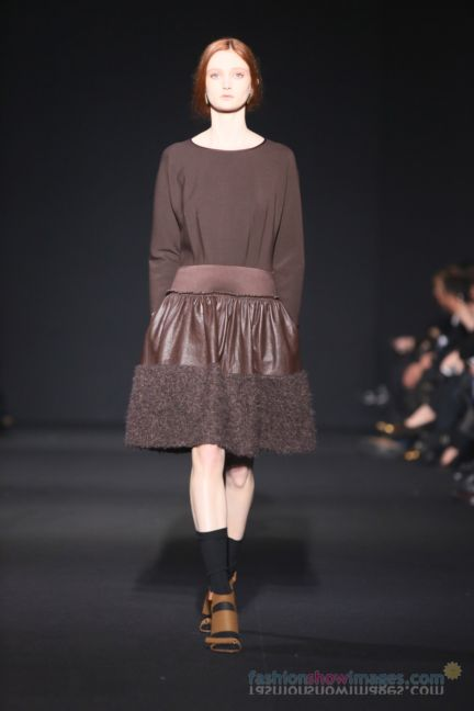 alberta-ferretti-milan-fashion-week-autumn-winter-2014-00135