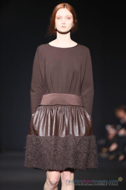 alberta-ferretti-milan-fashion-week-autumn-winter-2014-00137
