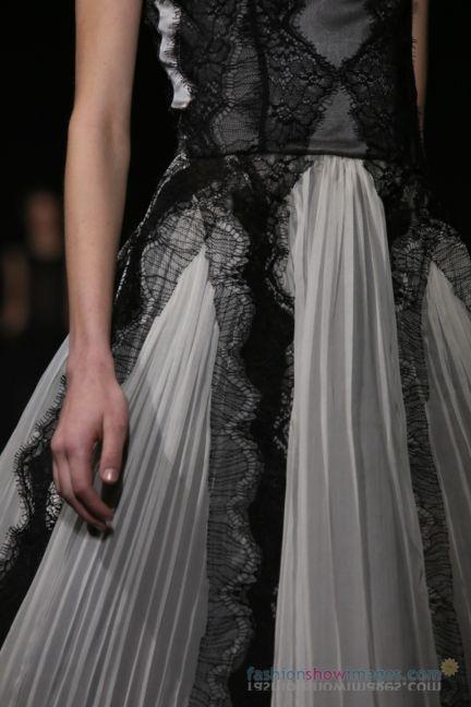alberta-ferretti-milan-fashion-week-autumn-winter-2014-00163