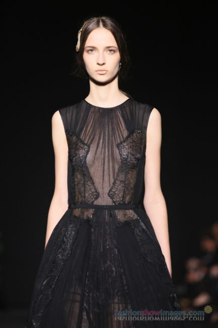 alberta-ferretti-milan-fashion-week-autumn-winter-2014-00166