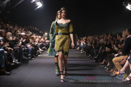 alberta-ferretti-milan-fashion-week-autumn-winter-2014-00167