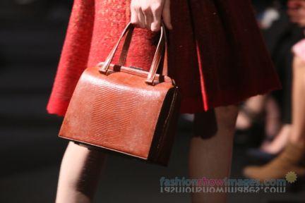 alberta-ferretti-milan-fashion-week-autumn-winter-2014-00169
