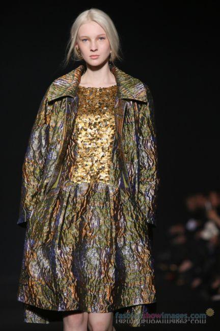 alberta-ferretti-milan-fashion-week-autumn-winter-2014-00180