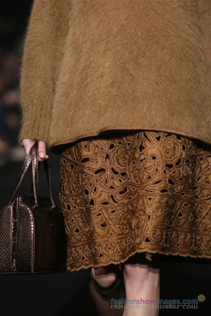 alberta-ferretti-milan-fashion-week-autumn-winter-2014-00181