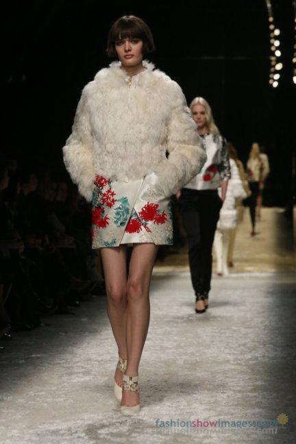 bluemarine-milan-fashion-week-autumn-winter-2014-00017