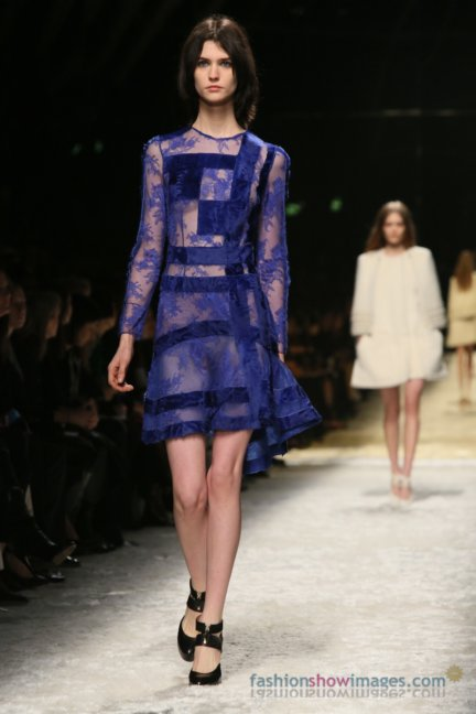 bluemarine-milan-fashion-week-autumn-winter-2014-00036