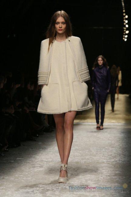 bluemarine-milan-fashion-week-autumn-winter-2014-00040