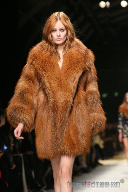 bluemarine-milan-fashion-week-autumn-winter-2014-00128