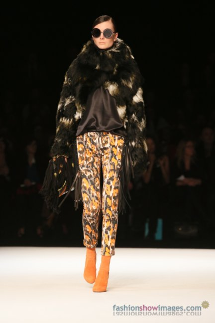 just-cavalli-milan-fashion-week-autumn-winter-2014-00005