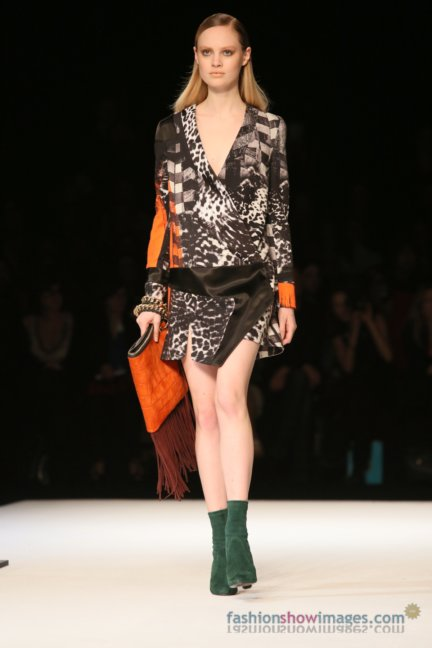 just-cavalli-milan-fashion-week-autumn-winter-2014-00020
