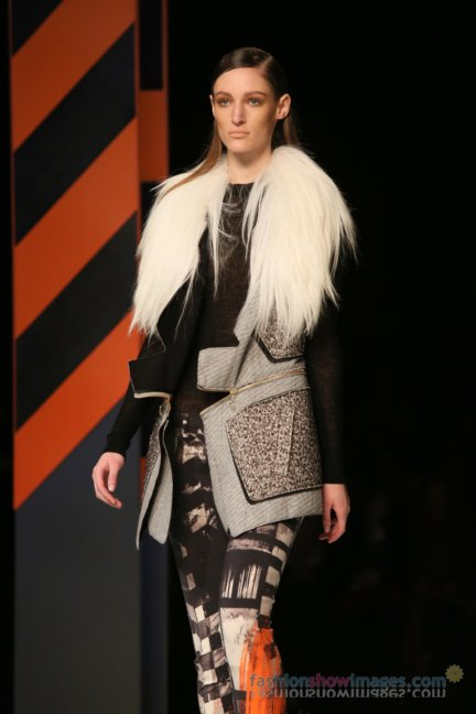just-cavalli-milan-fashion-week-autumn-winter-2014-00024