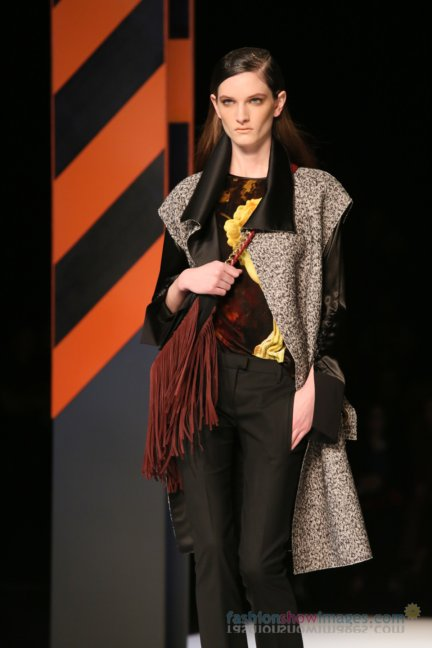 just-cavalli-milan-fashion-week-autumn-winter-2014-00030