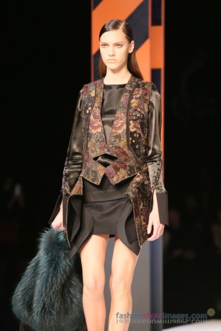 just-cavalli-milan-fashion-week-autumn-winter-2014-00048