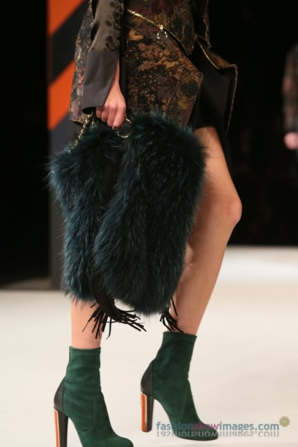 just-cavalli-milan-fashion-week-autumn-winter-2014-00049