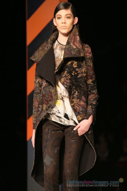 just-cavalli-milan-fashion-week-autumn-winter-2014-00056
