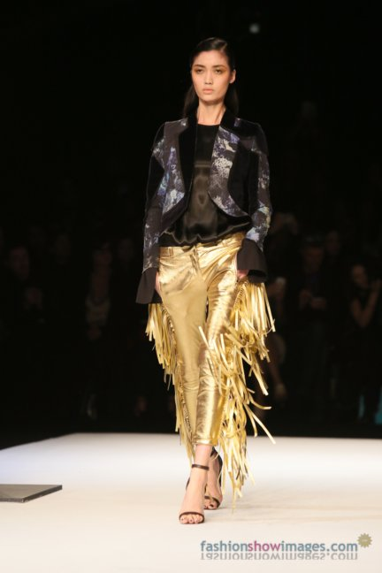 just-cavalli-milan-fashion-week-autumn-winter-2014-00068