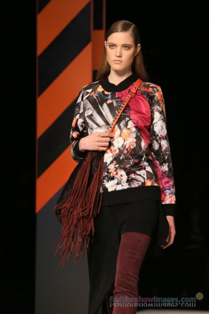 just-cavalli-milan-fashion-week-autumn-winter-2014-00091